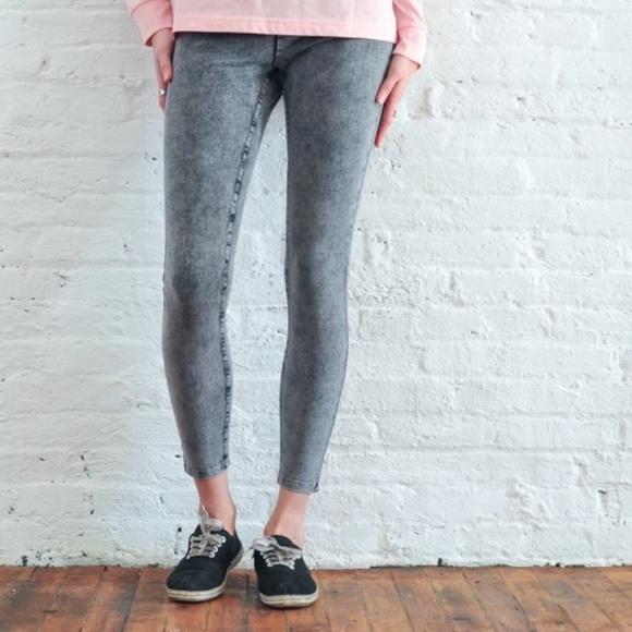 860808008376e ivory ella Pants - Ivory Ella Women s Gray Acid Wash Leggings Size ...